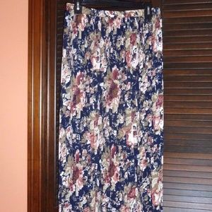 COMPAGNIE INTERNATIONALE EXPRESS Long Floral Skirt
